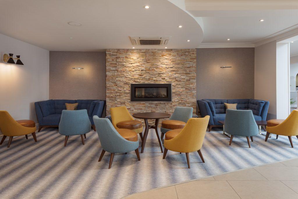 DoubleTree By Hilton Oxford Belfry Reception